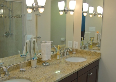 Smart Homes USA Design Ponte Vedra master bathroom corner  lights double vanity